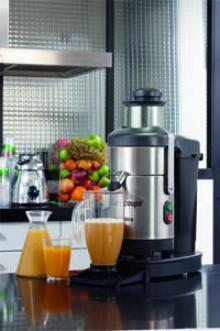 自动蔬果榨汁机